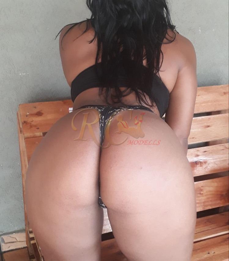 Tainá Mendes