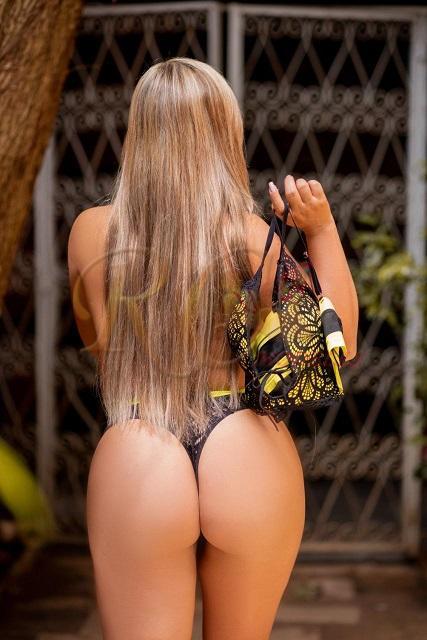 Juliana-Leme-Acompanhante-loira-em-sao-carlos-SP-12 Juliana Leme