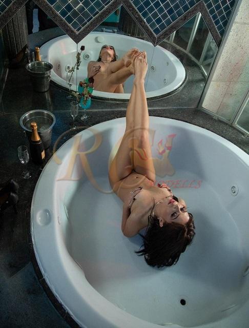 Pamela-Pantera-atriz-PORNO-acompanhante-de-luxo-chamda-de-video-sao-paulo-sp-26 Pamela Pantera