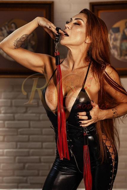Dominatrix-Valentina-Cooper-acompanhantes-de-alto-nivel-em-joao-pessoa-2 Dominatrix Valentina Cooper